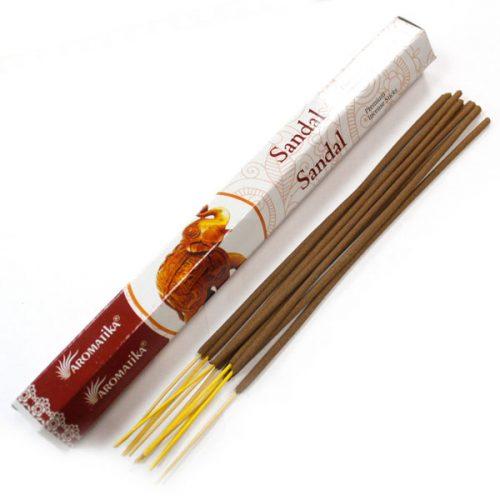bâtonnets d'encens santal